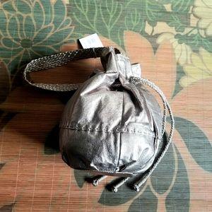 The Sak Indio Pyrite Metallic Bucket Bag NWT